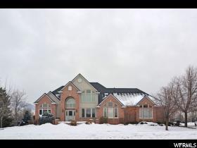 Casa Unifamiliar por un Venta en 643 RIDGEWOOD Circle Farmington, Utah 84025 Estados Unidos