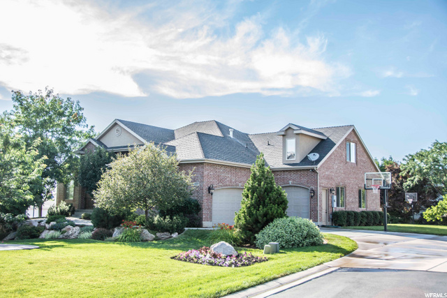 Single Family for Sale at 1159 LAURELWOOD Drive Fruit Heights, Utah 84037 United States