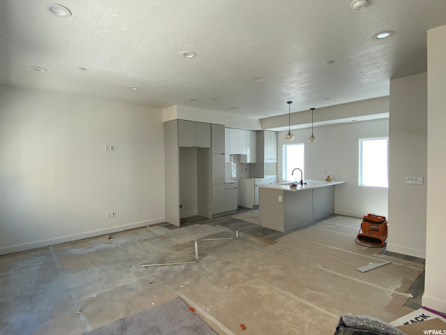 Kitchen/Living - Level 2: Construction Progress
