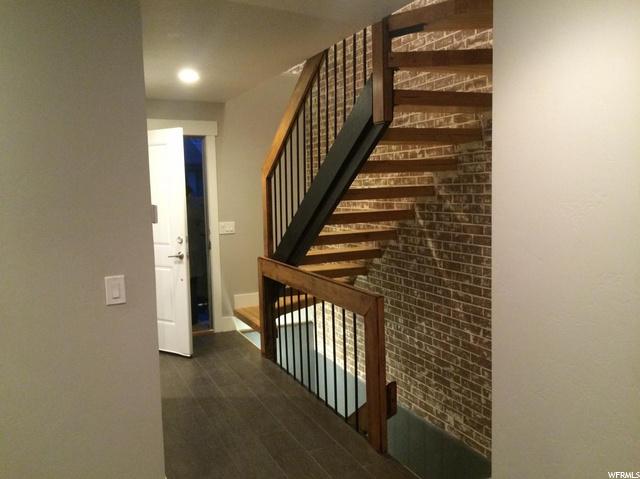 2217 200, Provo, Utah 84604, 3 Bedrooms Bedrooms, 10 Rooms Rooms,2 BathroomsBathrooms,Residential Lease,For Sale,200,1688997